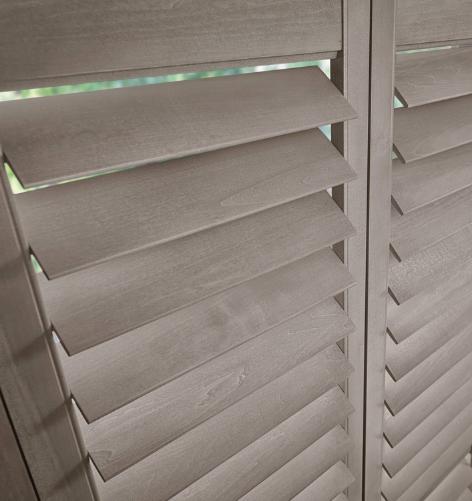 Interior wooden shutter_thumbnail